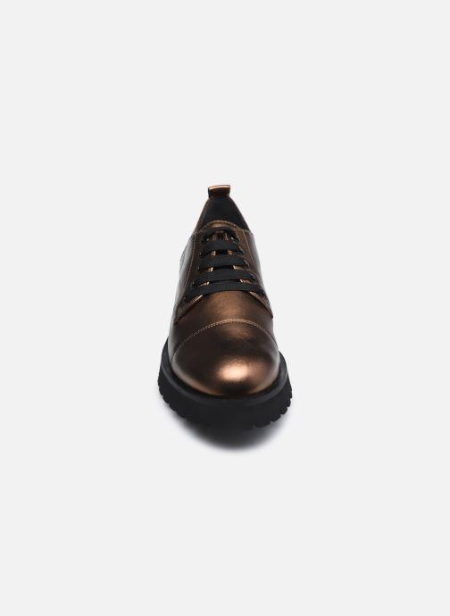 Chaussures à lacets HÖGL Progresser Or et bronze vue portées chaussures