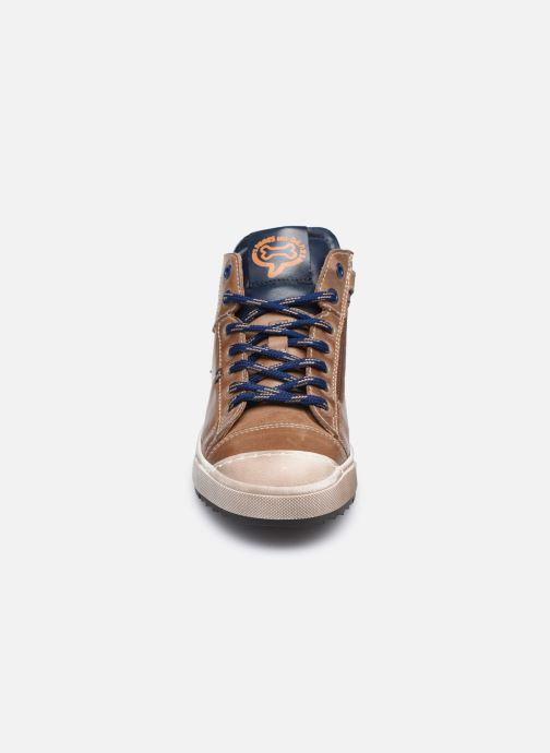 Sneakers Stones and Bones Baset Bruin model