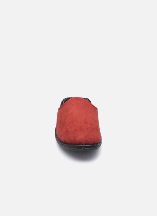 Pantuflas Westland Avignon 315 Rojo vista del modelo