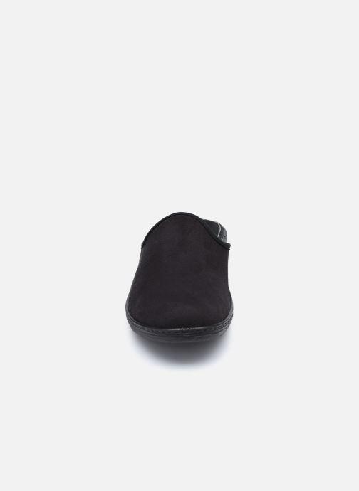 Pantuflas Westland Avignon 315 Negro vista del modelo