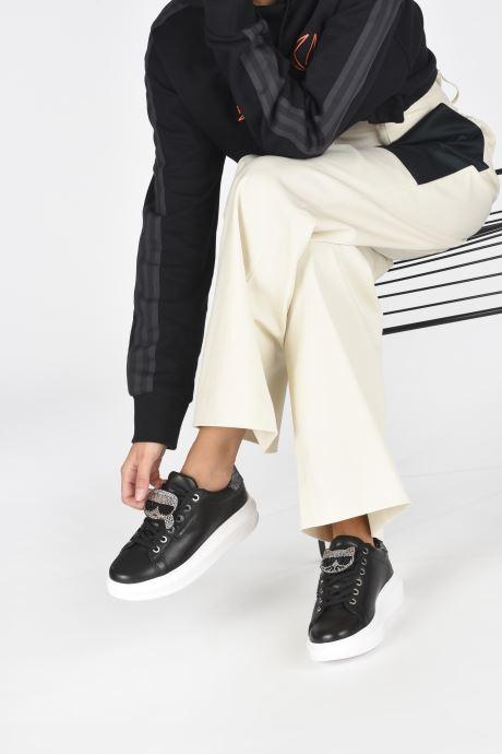 Baskets Karl Lagerfeld Kapri Ikonic Twin Lo Lace Noir vue bas / vue portée sac