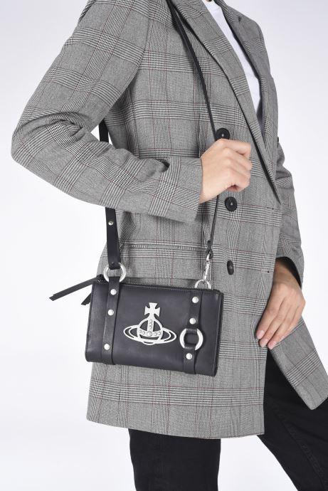 Sacs à main Vivienne Westwood Betty Crossbody Bumbag Noir vue bas / vue portée sac