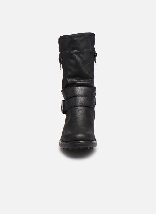 Stiefel Bullboxer 427621F6T schwarz schuhe getragen