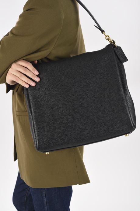 Sacs à main Coach Shay Shoulder Bag Noir vue bas / vue portée sac