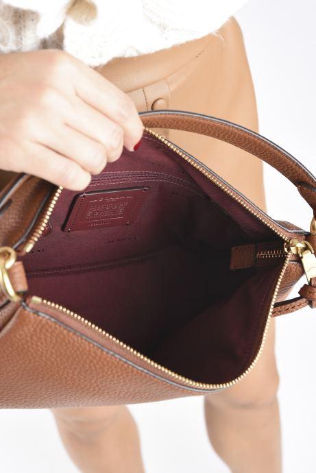Handtaschen Coach Shay Crossbody braun ansicht von hinten