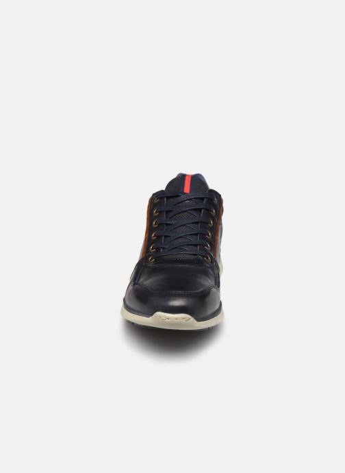 Baskets Bullboxer Q00004341-280 Bleu vue portées chaussures