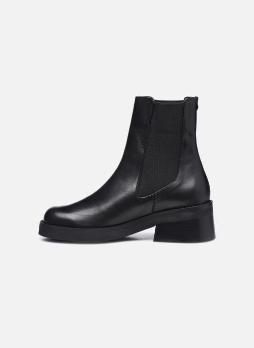 Boots en enkellaarsjes E8 by Miista Thea Zwart voorkant