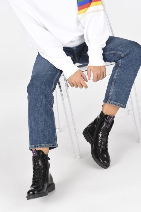 Stiefeletten & Boots Tommy Hilfiger Lace-Up Boot schwarz ansicht von unten / tasche getragen