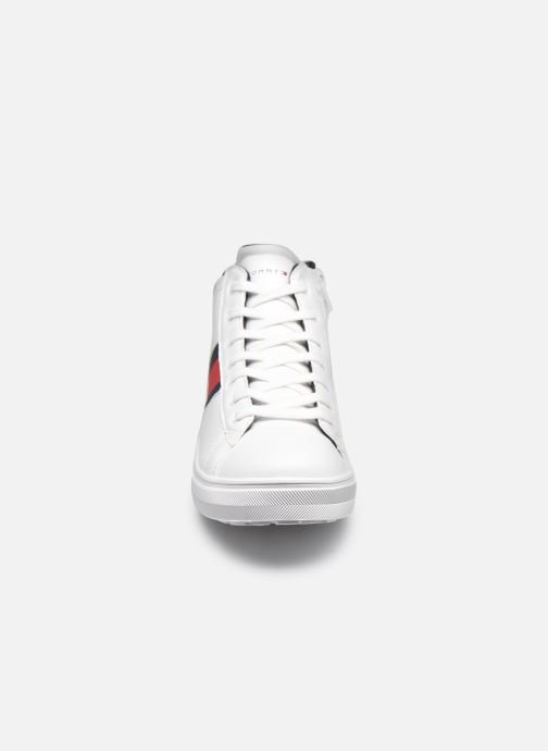Sneakers Tommy Hilfiger High Top Lace-Up Sneaker Bianco modello indossato