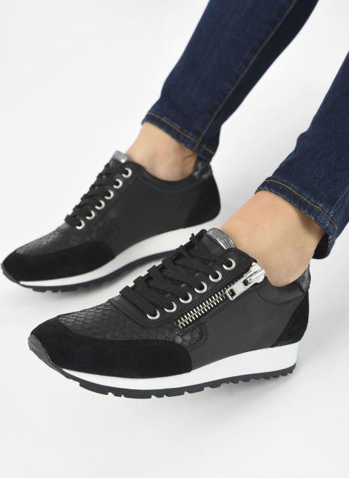 Sneaker Georgia Rose Soft Cezip schwarz ansicht von unten / tasche getragen