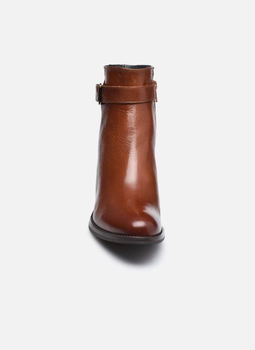 Bottines et boots Georgia Rose Soft Romane Marron vue portées chaussures