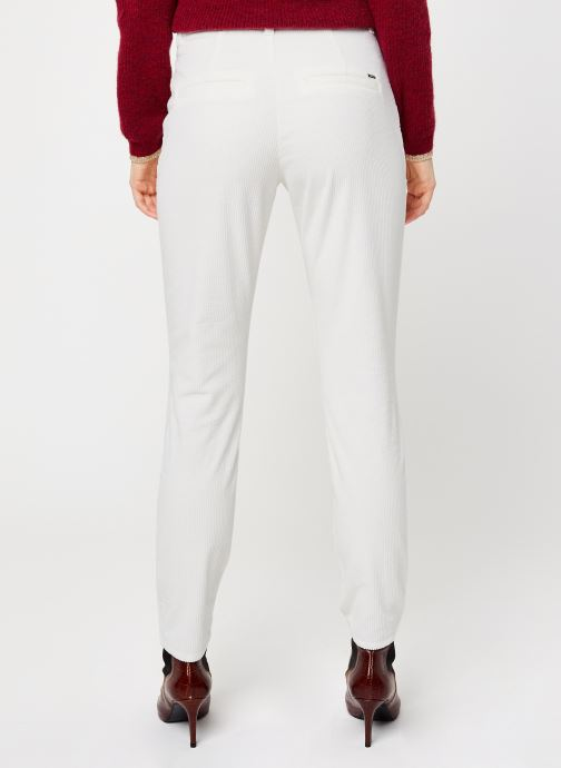 Vêtements Kanopé Pantalon Dahlia Velours Blanc vue portées chaussures