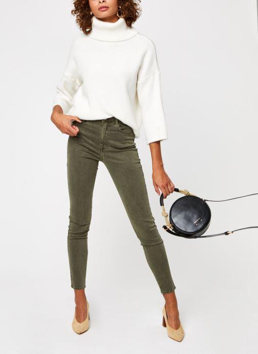 Vêtements Kanopé Pantalon Lise Vegetal Vert vue bas / vue portée sac