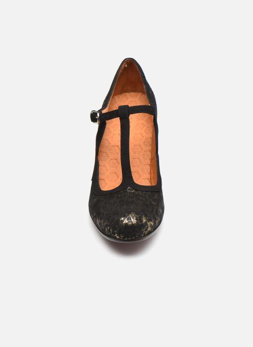 Zapatos de tacón Chie Mihara ULISE Plateado vista del modelo