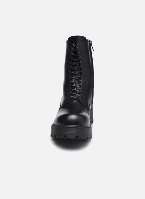 Stivaletti e tronchetti Vagabond Shoemakers COSMO 2.0 5049-201 Nero modello indossato