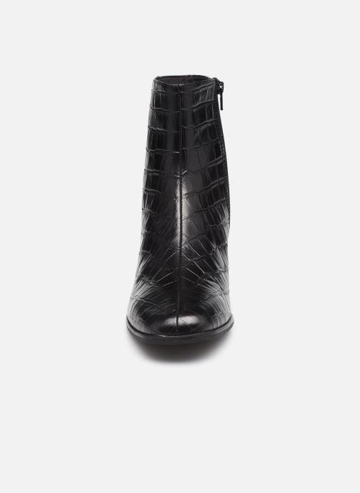 Bottines et boots Vagabond Shoemakers STINA 5009 Noir vue portées chaussures
