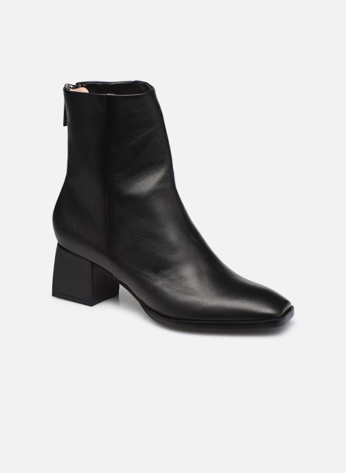 ZOEY BACK ZIP BOOT