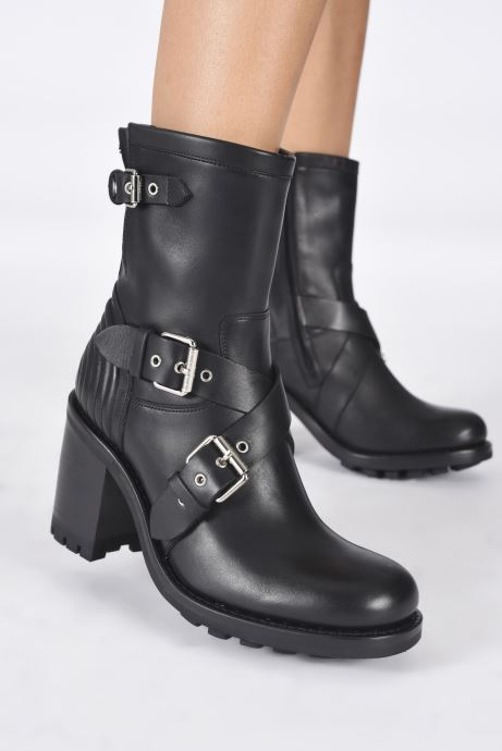 Bottines et boots Free Lance JUSTY 9 CROSS BUCKLE Noir vue bas / vue portée sac