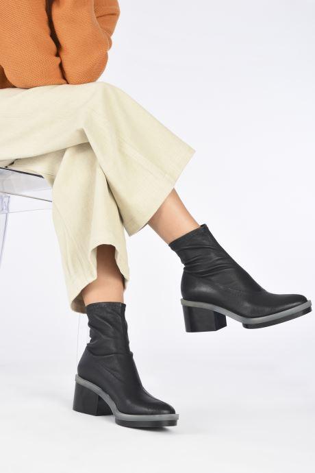 Bottines et boots Clergerie EMYA STRETCH Noir vue bas / vue portée sac