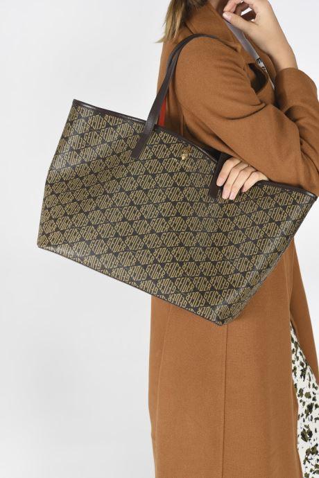 Handtaschen Kurt Geiger MONOGRAM RICHMOND SHOPPER braun ansicht von unten / tasche getragen
