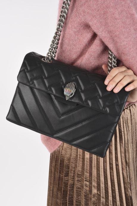 Handtaschen Kurt Geiger RECYCLED KENSINGTON schwarz ansicht von unten / tasche getragen