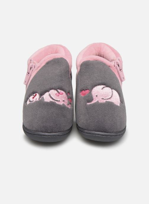 Pantofole Isotoner Bollitton zip polyvelours Grigio modello indossato