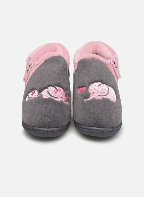 Chaussons Isotoner Bollitton zip polyvelours Gris vue portées chaussures