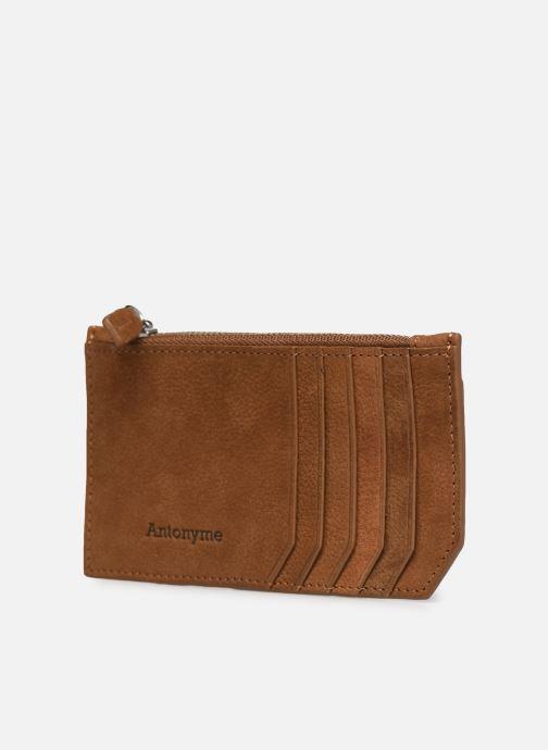 Portemonnaies & Clutches Antonyme by Nat & Nin ALEXIS Porte carte braun schuhe getragen