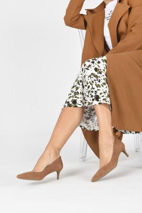 Zapatos de tacón Michael Michael Kors SARA  FLEX KITTEN PUMP Marrón vista de abajo