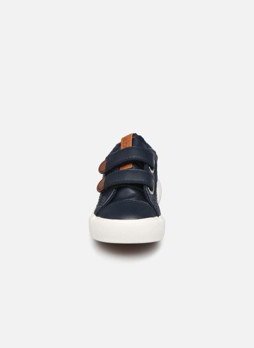 Sneakers Absorba Bilbon Azzurro modello indossato