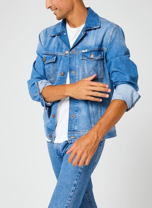 Vêtements Accessoires Authentic Jacket