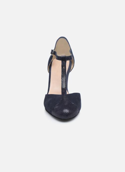 Zapatos de tacón Georgia Rose Sao Azul vista del modelo