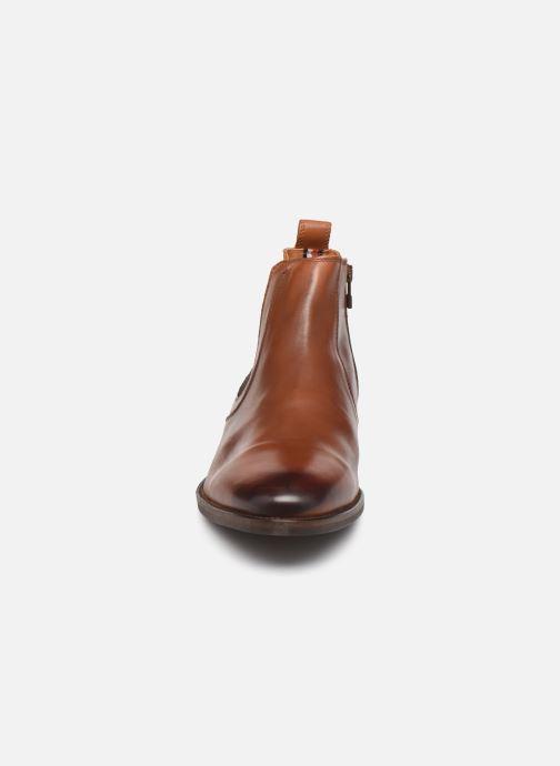 Stiefeletten & Boots Tommy Hilfiger ESSENTIAL LEATHER CHELSEA braun schuhe getragen