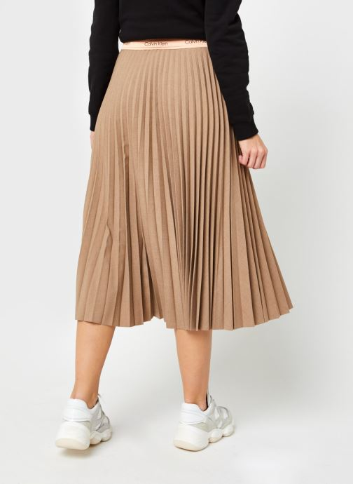 Vêtements Calvin Klein Stretch Flannel Pleat Midi Skirt Marron vue portées chaussures