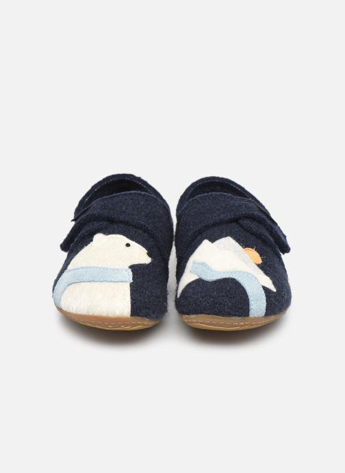Chaussons Living Kitzbühel 3818 Bleu vue portées chaussures