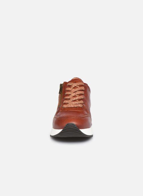 Baskets Pataugas TILIA F4E Marron vue portées chaussures