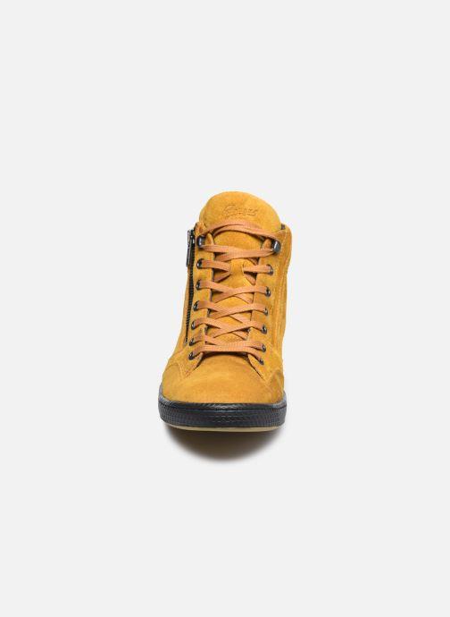 Baskets Pataugas JULIA/CR F4F Jaune vue portées chaussures