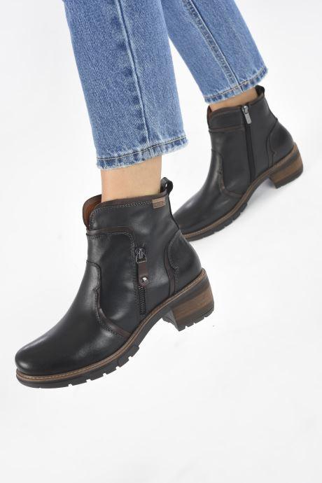 Bottines et boots Pikolinos SAN SEBASTIA W1T-8777 Noir vue bas / vue portée sac