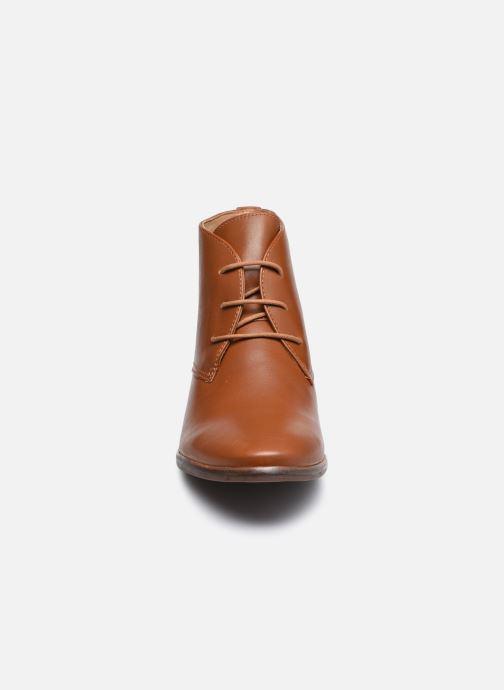 Chaussures à lacets Georgia Rose Soft Walace Marron vue portées chaussures