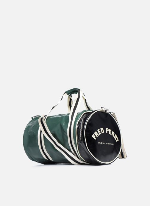 Sacs de sport Fred Perry Color Block Classic Barrel Bag Vert vue droite