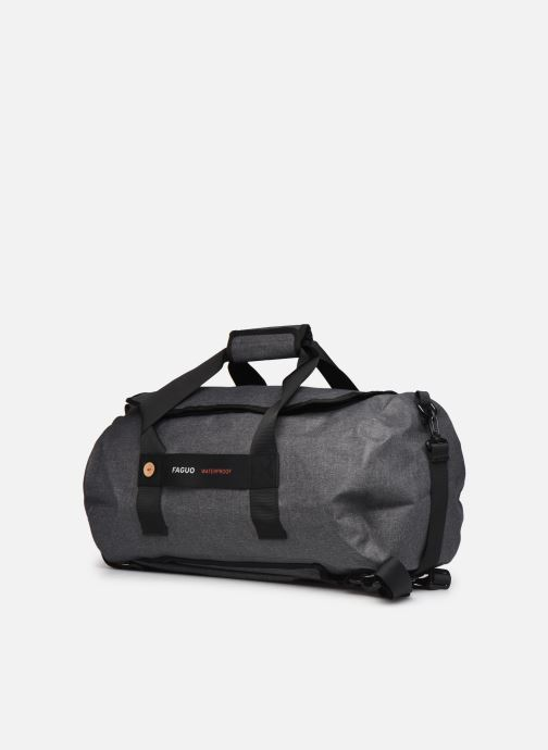 Bagages Faguo TRAVELERW BAGAGERIE SYNTHETIC Noir vue portées chaussures