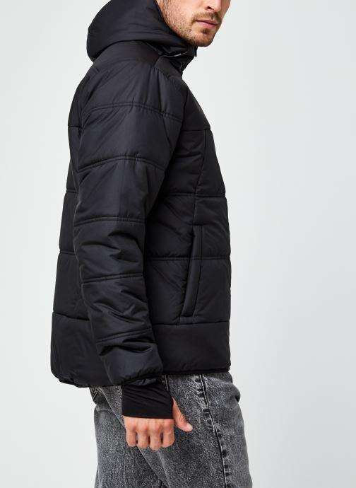 Vêtements Tommy Sport Insulation Jacket Noir vue portées chaussures