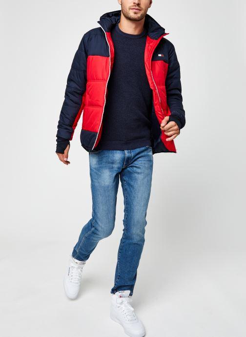 Vêtements Tommy Sport Insulation Jacket Rouge vue bas / vue portée sac