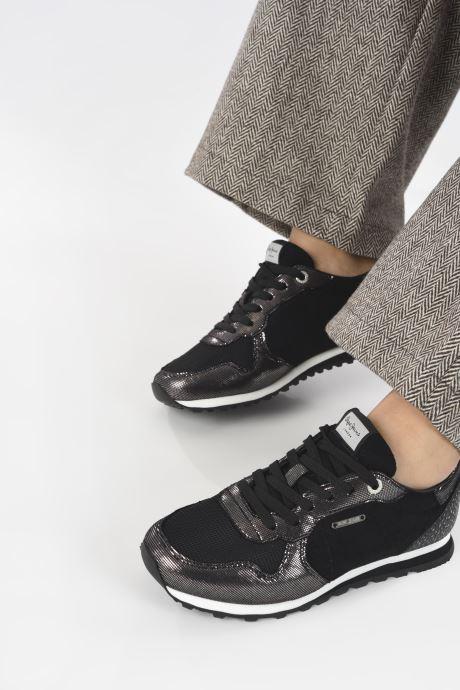 Sneaker Pepe jeans Verona W Top schwarz ansicht von unten / tasche getragen