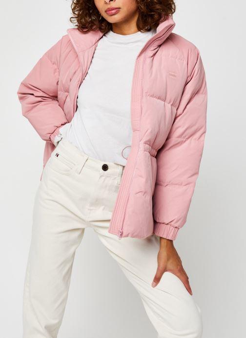 Vêtements Levi's Rosa Fashion Down Rose vue détail/paire