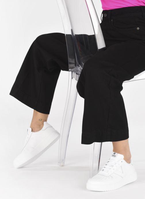Sneaker Victoria Siempre Piel W weiß ansicht von unten / tasche getragen