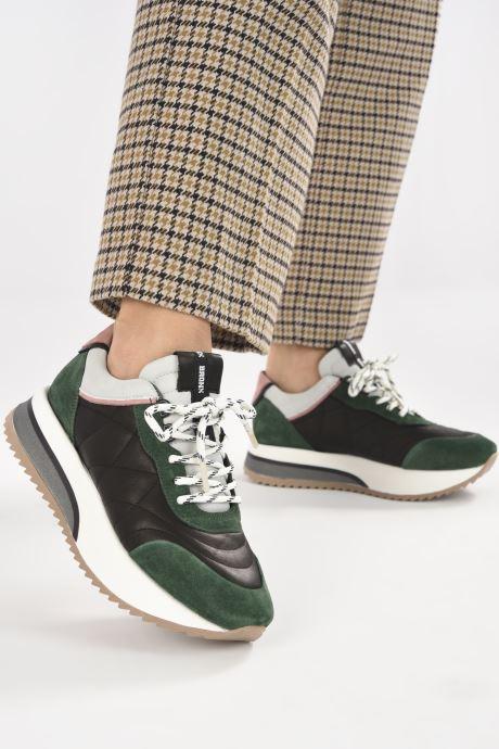 Sneaker Bronx NOLA-ISA grün ansicht von unten / tasche getragen