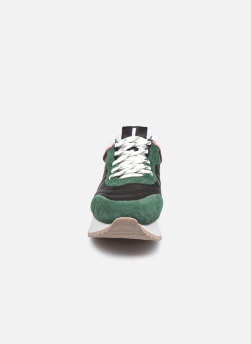 Sneaker Bronx NOLA-ISA grün schuhe getragen