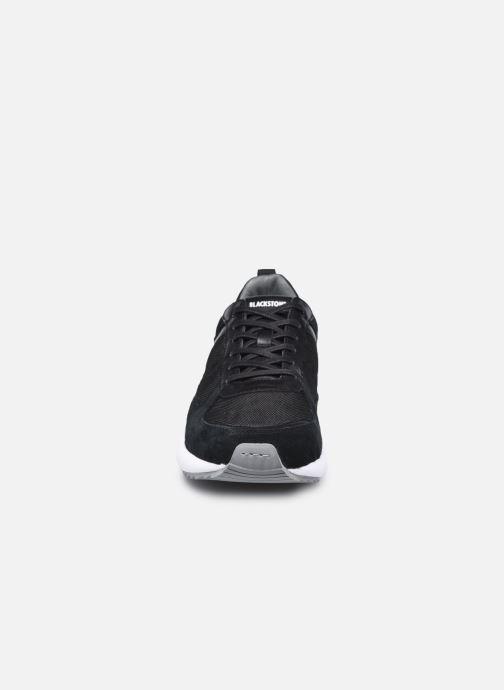 Sneaker Blackstone UG36 schwarz schuhe getragen