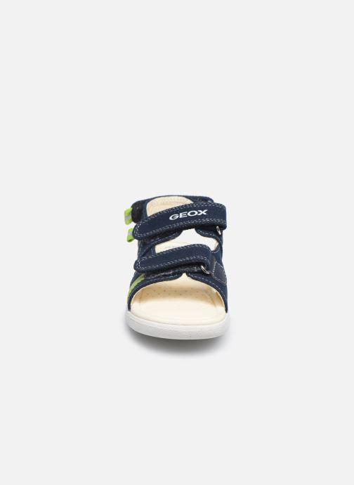 Sandales et nu-pieds Geox B Sandal Alul Boy B021VC Bleu vue portées chaussures